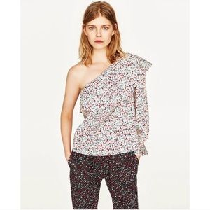 Zara one shoulder floral ruffle top
